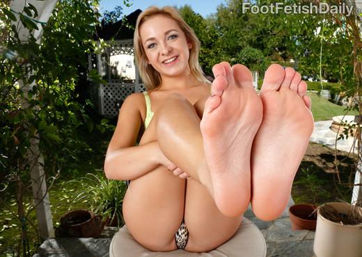 Cleo Vixen Wraps Her Sexy Feet Around a Hard Cock - Hardcore Nude Pics