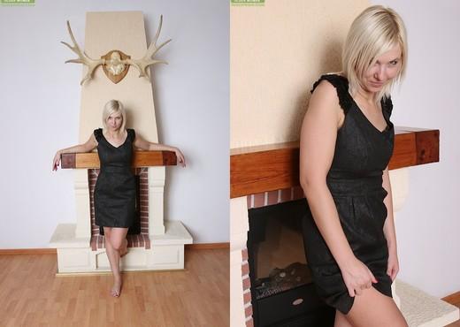 Blonde Milf Emilia - Karup's Older Women - MILF Image Gallery