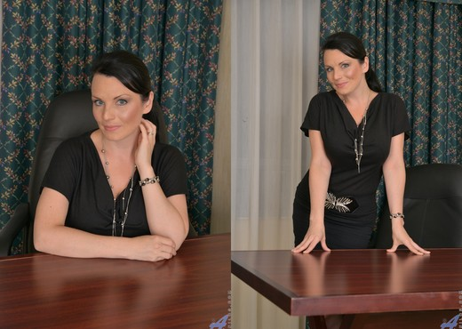 Stacy Ray - Sexy Mom - Anilos - MILF Picture Gallery