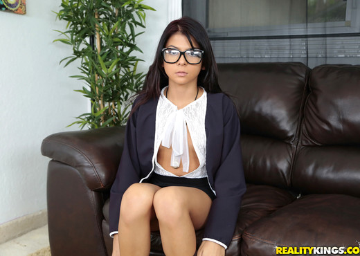 Sadie Pop - Pop That Pussy - 8th Street Latinas - Latina Hot Gallery