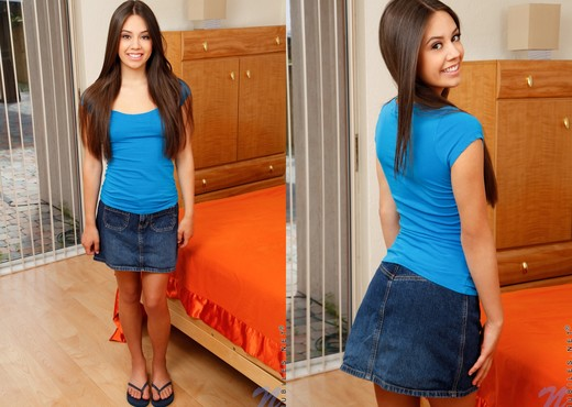 Lucy Doll - bedroom magic wand - Teen Sexy Gallery