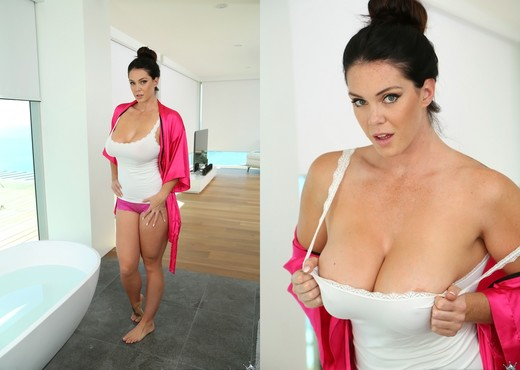 Alison Tyler - Fine Ass Alison - Monster Curves - Hardcore Sexy Gallery