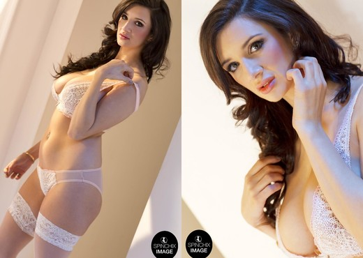 Cara Ruby - Spinchix - Solo Hot Gallery