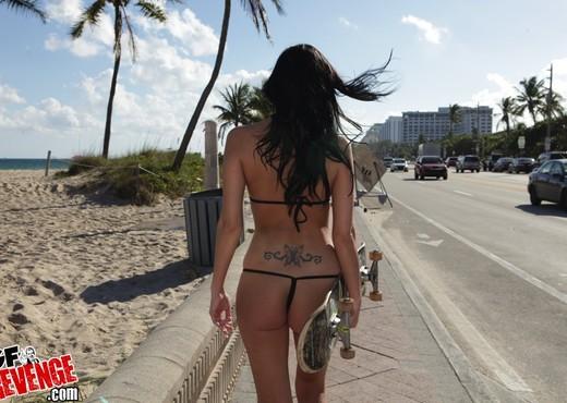 Jade - Sexy Skater - GF Revenge - Amateur Porn Gallery