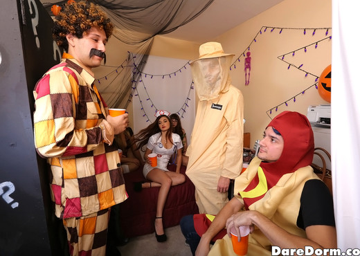 Blair - Halloween Bash - Dare Dorm - Amateur Sexy Photo Gallery