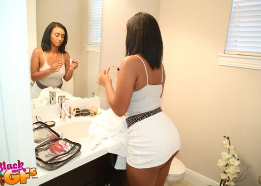 Adrianna Knight - Whips The Pussy - Black GFs - Ebony Nude Pics