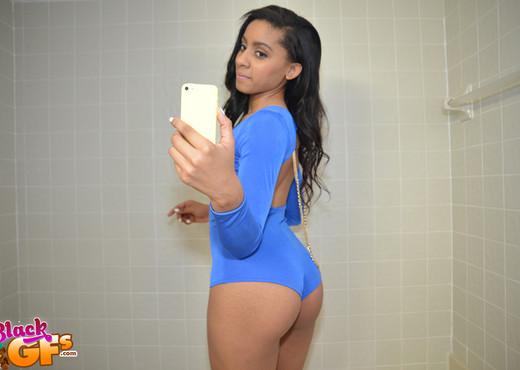 Valentina - Sexy Valentina - Black GFs - Ebony Nude Pics