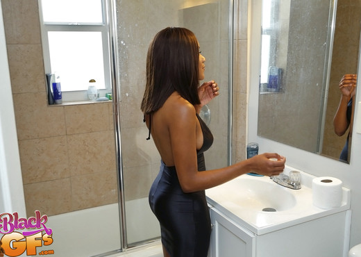 Indigo Vanity - A Bit Of Vanity - Black GFs - Ebony Nude Gallery