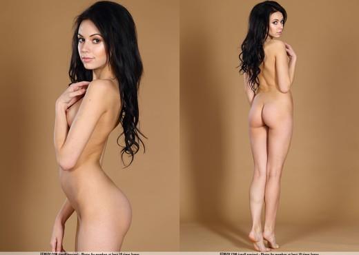 Love - Joanna - Femjoy - Solo Nude Gallery
