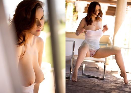 Elizabeth Marxs Removes Her Flowery Panties - Solo Nude Gallery