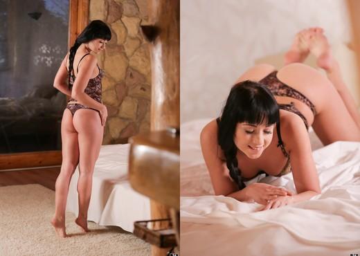 Sexing Taissia Shanti - Hardcore Hot Gallery