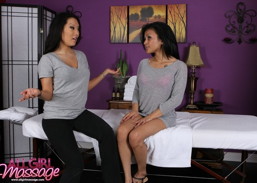 Sydnee Taylor, Asa Akira - A New Job Offer - Lesbian HD Gallery
