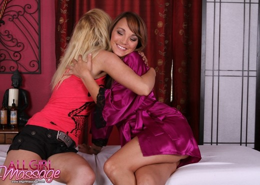 Nikki Blue, Charlie Lane - What A Nice Surprise - Lesbian TGP