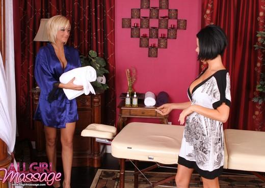Briana Blair, Loni Evans - Nasty Divorce - Lesbian Nude Pics