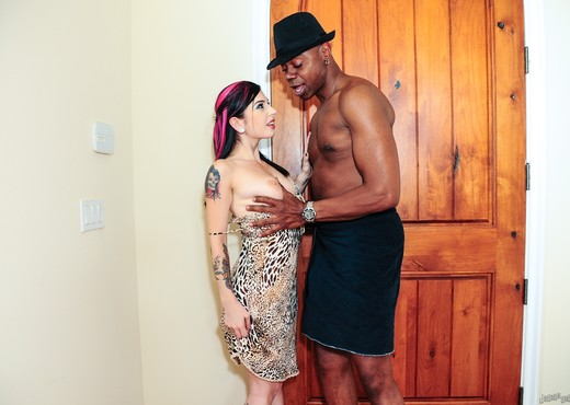 Joanna Angel, Sean Michaels - Vote Obama ! - Interracial HD Gallery