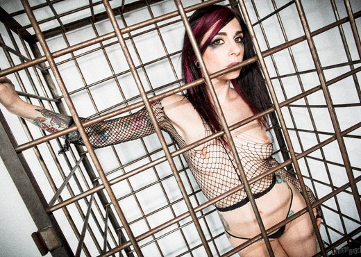 Joanna Angel - Ass-Slave Labor - Anal Nude Gallery