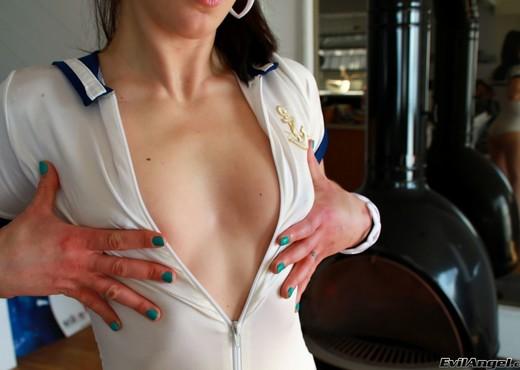 Cheyenne Jewel - Stretch Class #06 - Anal Nude Gallery