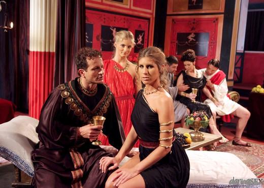Roma #03 - Daring Sex - Hardcore Nude Gallery