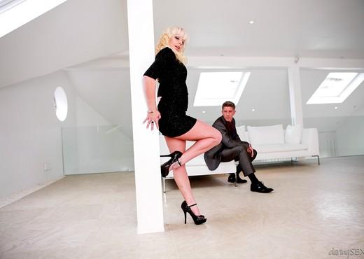Loz Lorrimar, Mark Sloan - Radio Erotica - Hardcore Porn Gallery