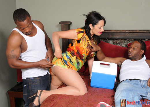 Vannah Sterling - Coctomom - Interracial Porn Gallery