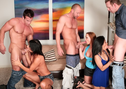 Neighborhood Swingers #07 - Hardcore Sexy Gallery