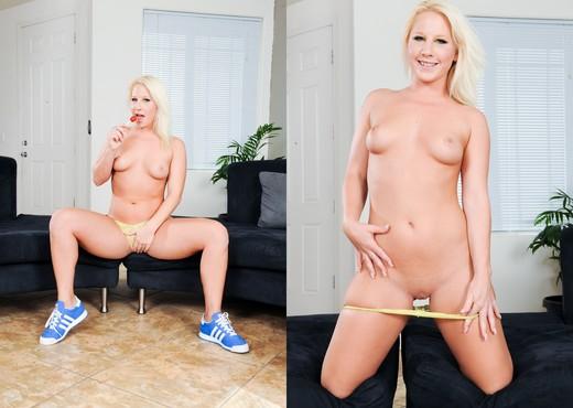 Kimmy Olsen - Tight Sweet Teen Pussy #04 - Teen Image Gallery