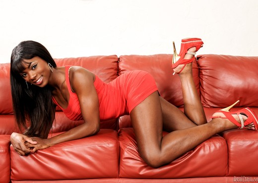 Ana Foxxx - Cum On My Hairy Pussy #15 - Ebony Nude Pics