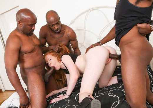 Kierra Wilde - Gangland #86 - Interracial Sexy Gallery
