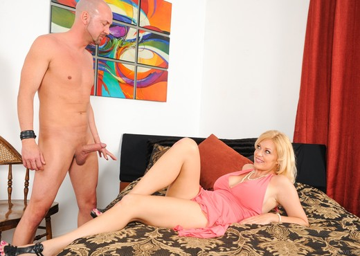 Charlee Chase - Got MILF? #02 - MILF Hot Gallery