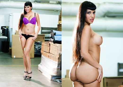 Mercedes Carrera - Big Titty MILFs #26 - MILF HD Gallery