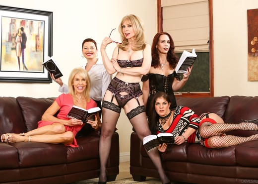 Seduction of Nina Hartley - Lesbian Hot Gallery