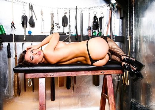 Erika Heaven, Mistress V, Amy Lee - Lesbian Fetish School - Lesbian Nude Pics