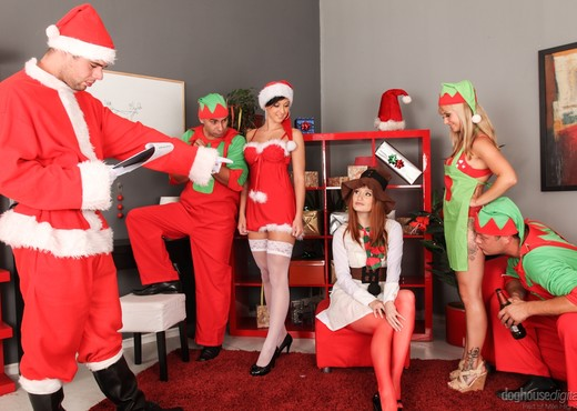 X-Mas Orgy - Hardcore Picture Gallery