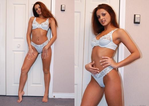Leanna Bacci, Brett Rockman - Quebec Sexy Stars - Anal TGP