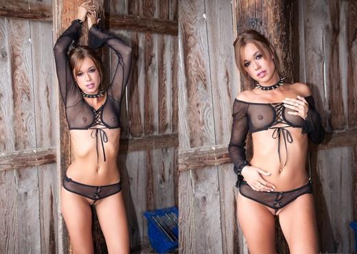 Juicy Pearl, Angie B - Fetish Dolls #04 - BDSM Porn Gallery