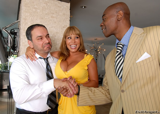 Ava Devine, Johnny Fender - Evil Cuckold - Interracial TGP