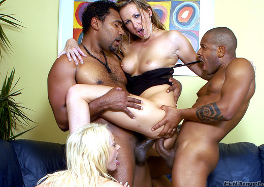 Mandy Bright, Melissa Lauren - Graphic DP #02 - Interracial Nude Pics