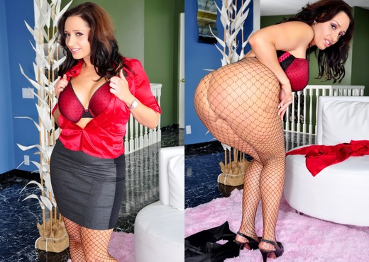 Vannah Sterling - The Mommy X-Perience #03 - MILF Image Gallery