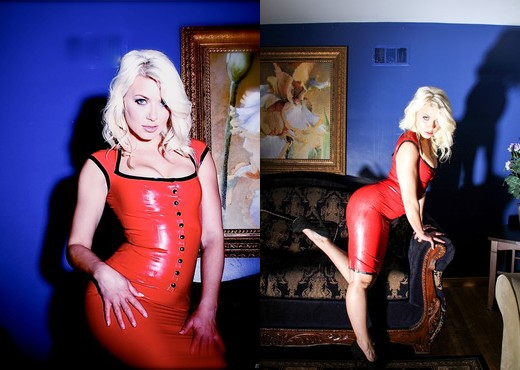 Anikka Albrite - Fetish Fuck Dolls #6 - Hardcore Nude Pics