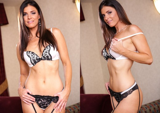 India Summer, Kevin Moore - The Hooker Experience - Hardcore Hot Gallery