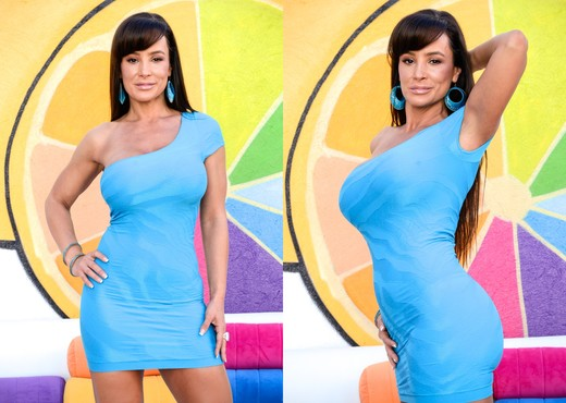 Lisa Ann - MILFs Anal Addiction - MILF Sexy Gallery