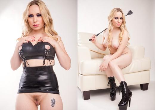 Justine Joli, Aiden Starr - Fluid - Pornstars Nude Gallery