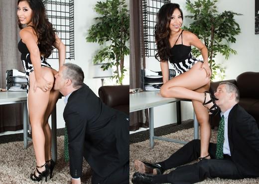 Nicole Ferrera - Femdom Ass Worship #22 - Ass Nude Gallery