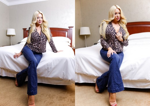 Summer Brielle - Raw #17 - Ass Sexy Gallery