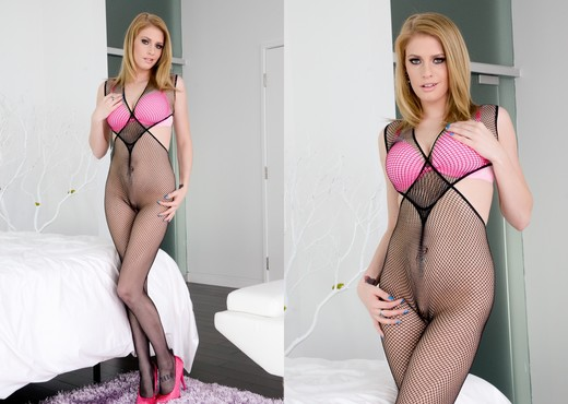 Allie James - Buttsex Nymphos #03 - Solo Sexy Gallery