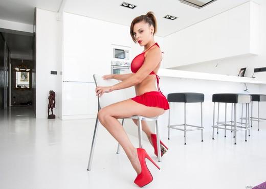 Jakeline Teen - Gonzo Style - Solo Hot Gallery