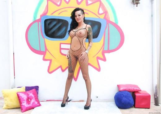 Lola Luscious - Tattooed Anal Sluts #03 - Solo Hot Gallery