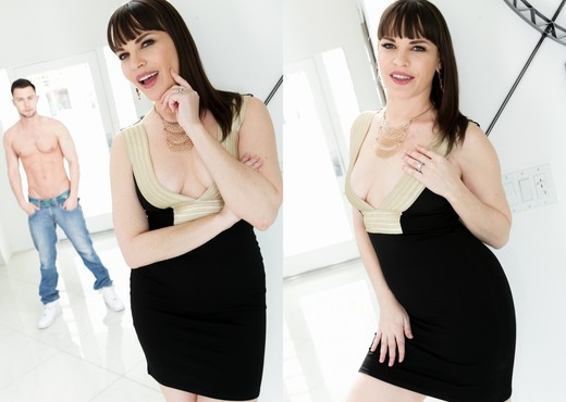 Dana DeArmond - I Blackmailed My Stepmom's Ass - Anal Nude Gallery