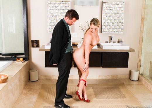 Amber Ashlee - Service Is Secret - Fantasy Massage - Hardcore Nude Gallery