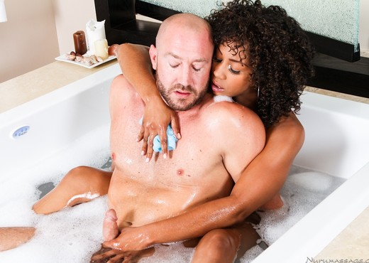 Misty Stone - Reward For Lost Dog - Fantasy Massage - Ebony TGP
